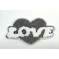 "Махровая нашивка на одежду ""Love"" C436 6,1х10,9см"